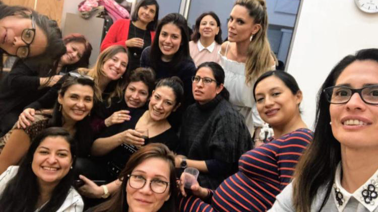Selfie grupo de mujeres